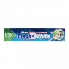 LION Thailand Fresh & White Паста зубная отбеливающая супер прохладная мята, 160 г