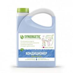 Synergetic Кондиционер для белья Утренняя роса 2750 мл